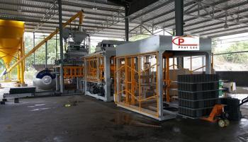 Pallet for vibration presses