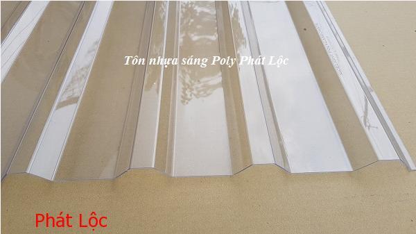 Tôn nhựa lấy sáng Polycarbonate 11 sóng